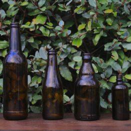 Location décoration bouteilles ocres