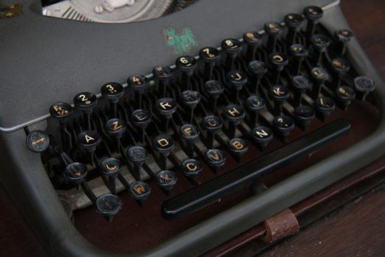 Location décoration machine à écrire vintage
