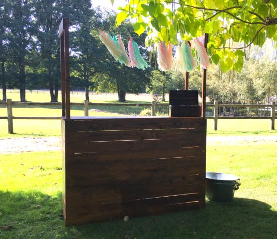 Location décoration bar en bois