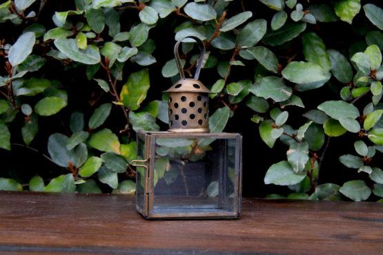 Location décoration petite lanterne dorée