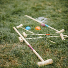 Location decoration croquet