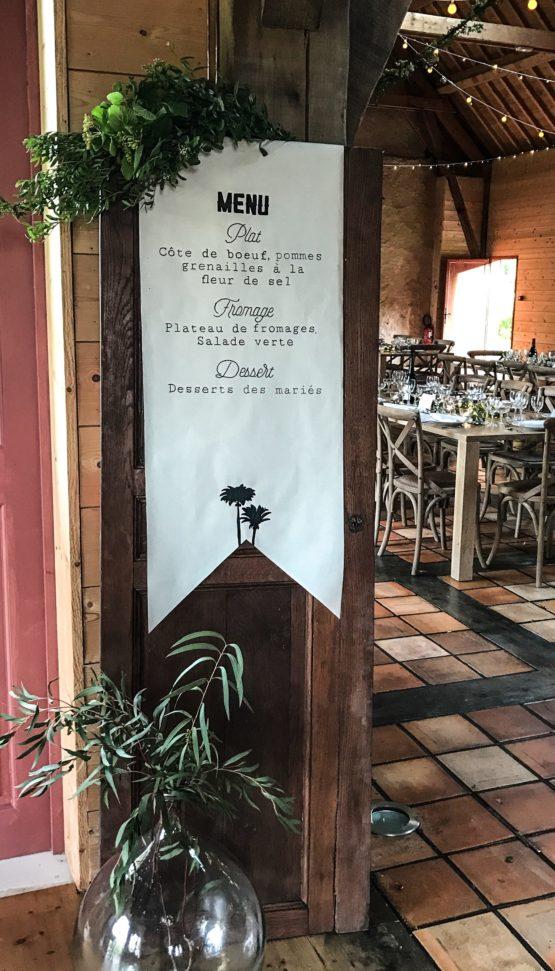 Location décoration porte en bois