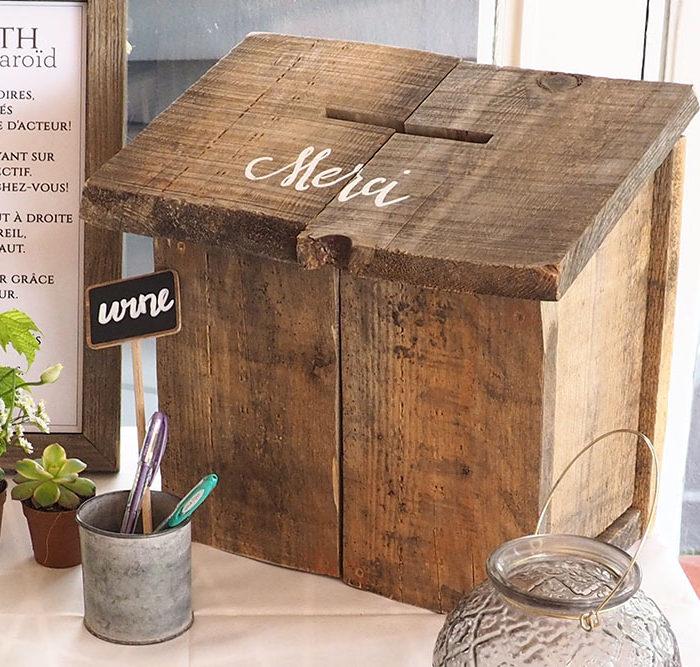 Location décoration urne bois
