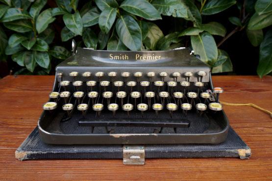 Location décoration machine à écrire