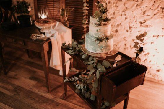 location desserte en bois table bois mariage